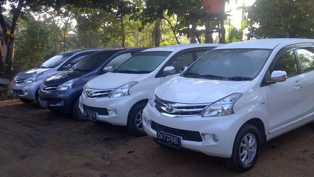 Rental Mobil Rawamangun