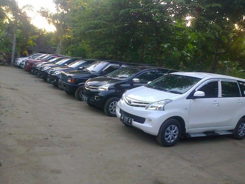 Sewa Mobil Bintaro