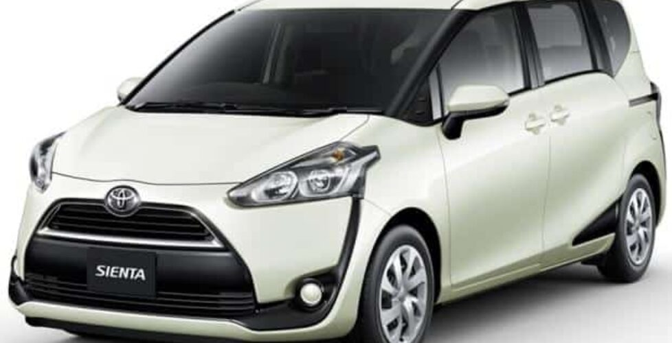 toyota-sienta-cover