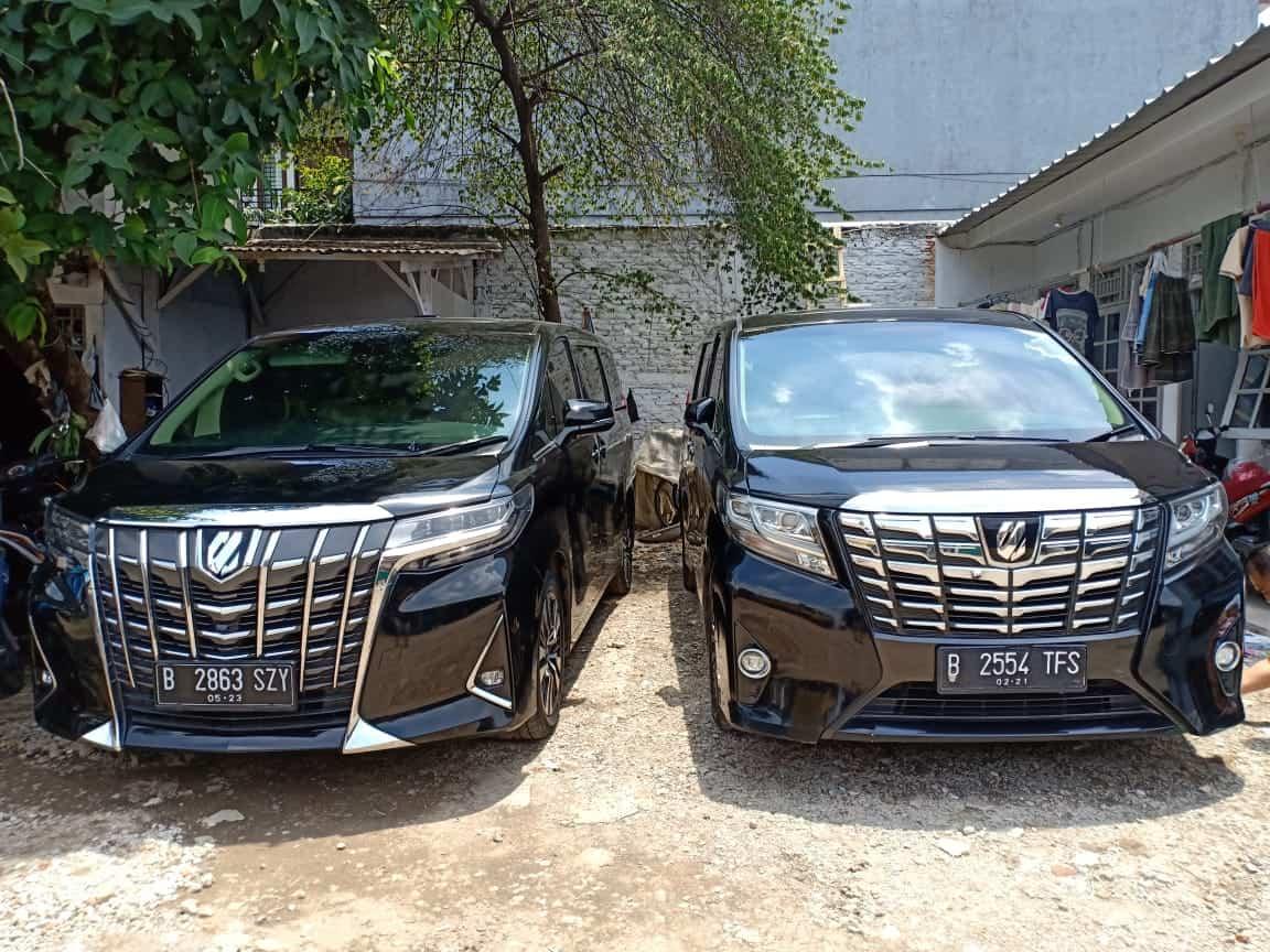 Sewa Mobil Alphard di Tanah Abang