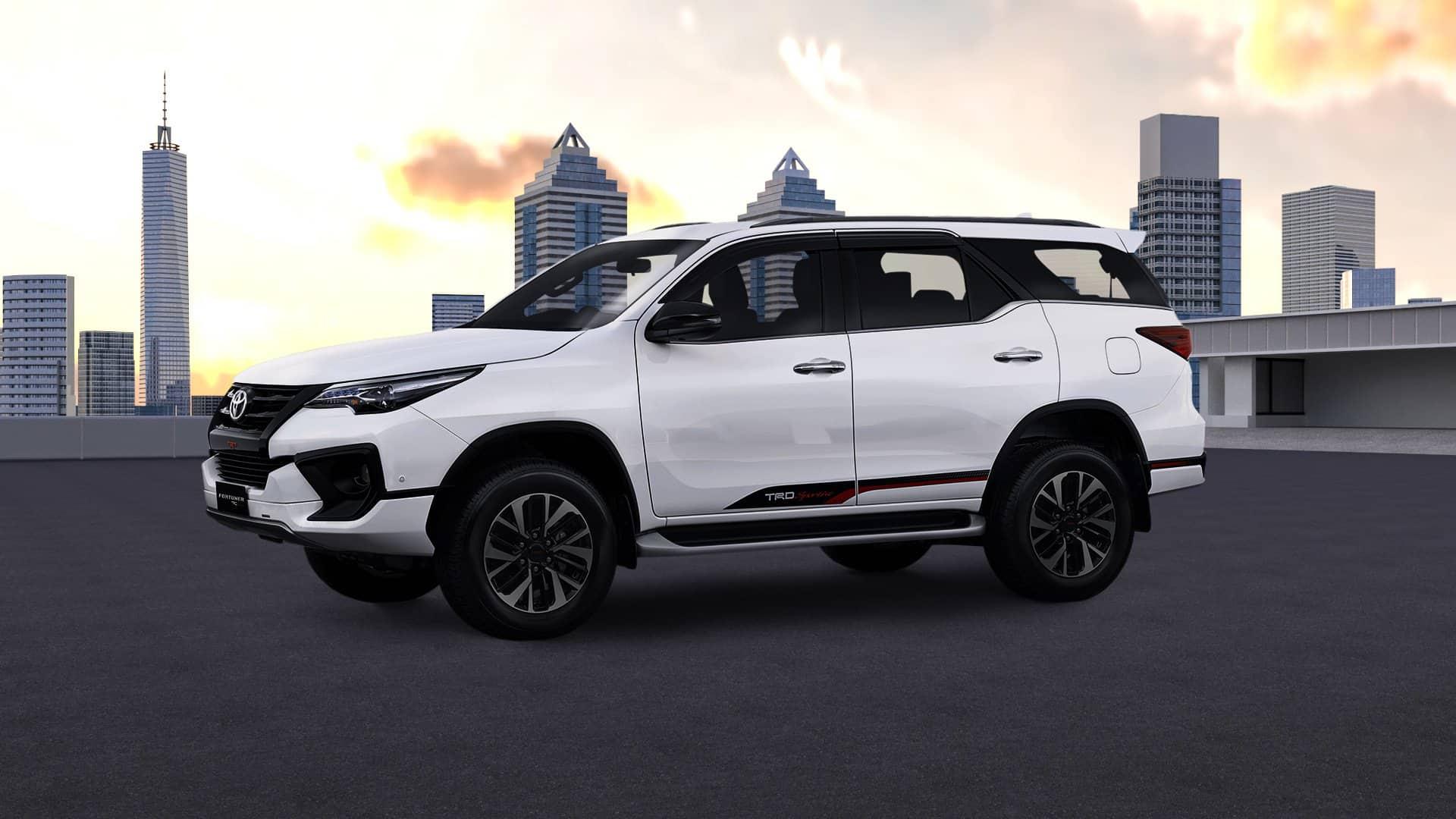 Sewa Mobil Toyota Fortuner di Kebayon Baru
